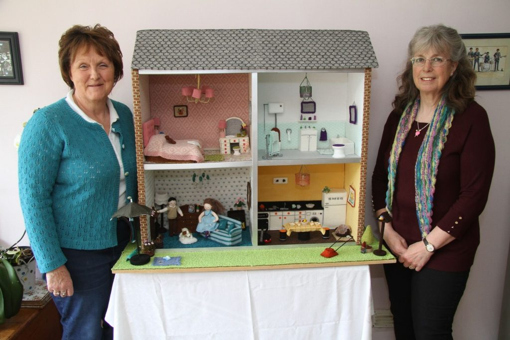 Sarah Chilcott and Gail Felgate's Knitted 'Felgate House' ... Why? Because They Can!