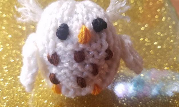 Knit a Teeny Owl Amigurumi Using Mochimochi Land's Adorable Starter Owl Pattern
