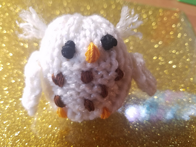 Knit a Teeny Owl Amigurumi Using Mochimochi Land's Adorable Starter Owl Pattern