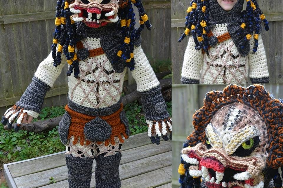 She Crocheted a Full-Body Predator Costume For Her Kid … It's The Cosplay To Top All Cosplays … WOW!