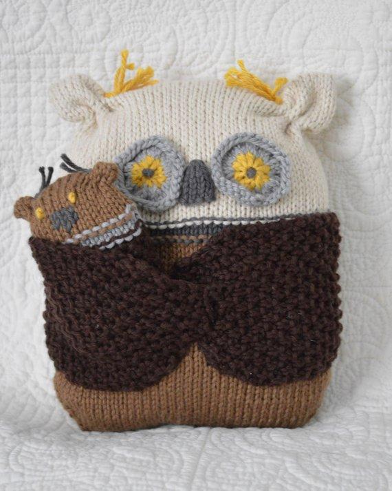 Knit an Owl Pillow