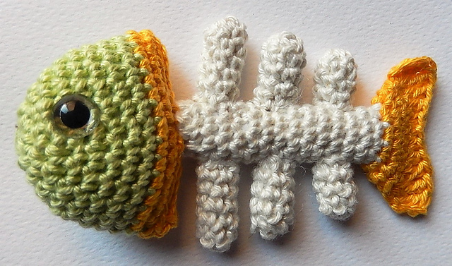 Crochet a Fish Bone Cat Toy With This Free Pattern!