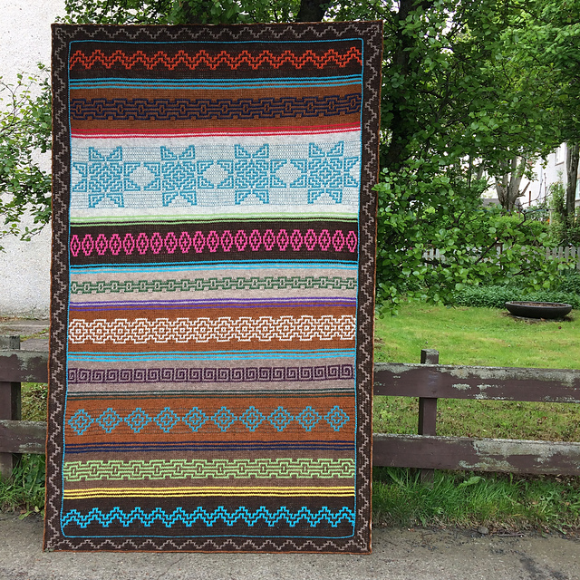 The Indiana Afghan Designed by Tinna Thorudottir Thorvaldar is Very Versatile ... You Can Do It!