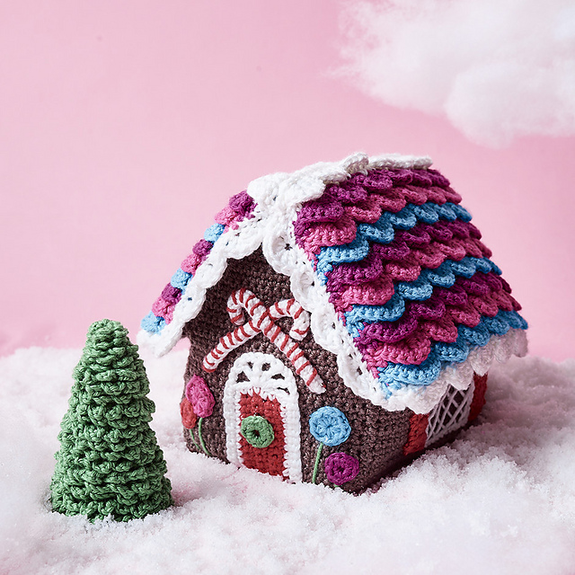 Gingerbread House! Free Pattern By Artefacts Crochet Design