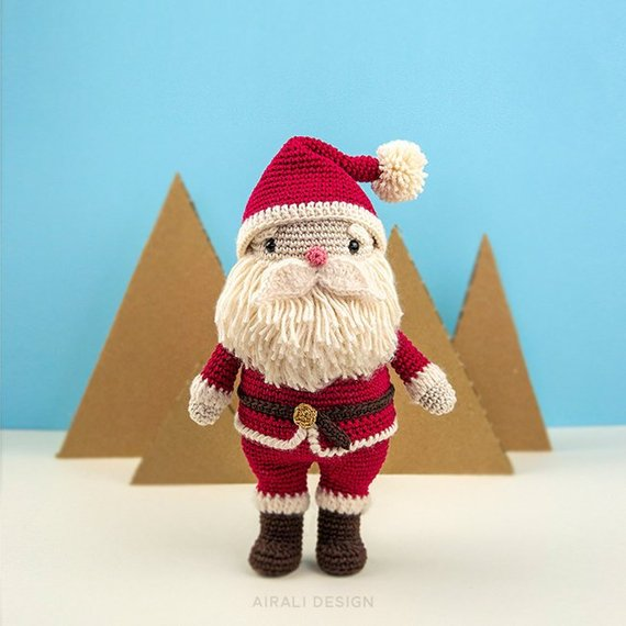 Cute Christmas amigurumi patterns by Ilaria Caliri