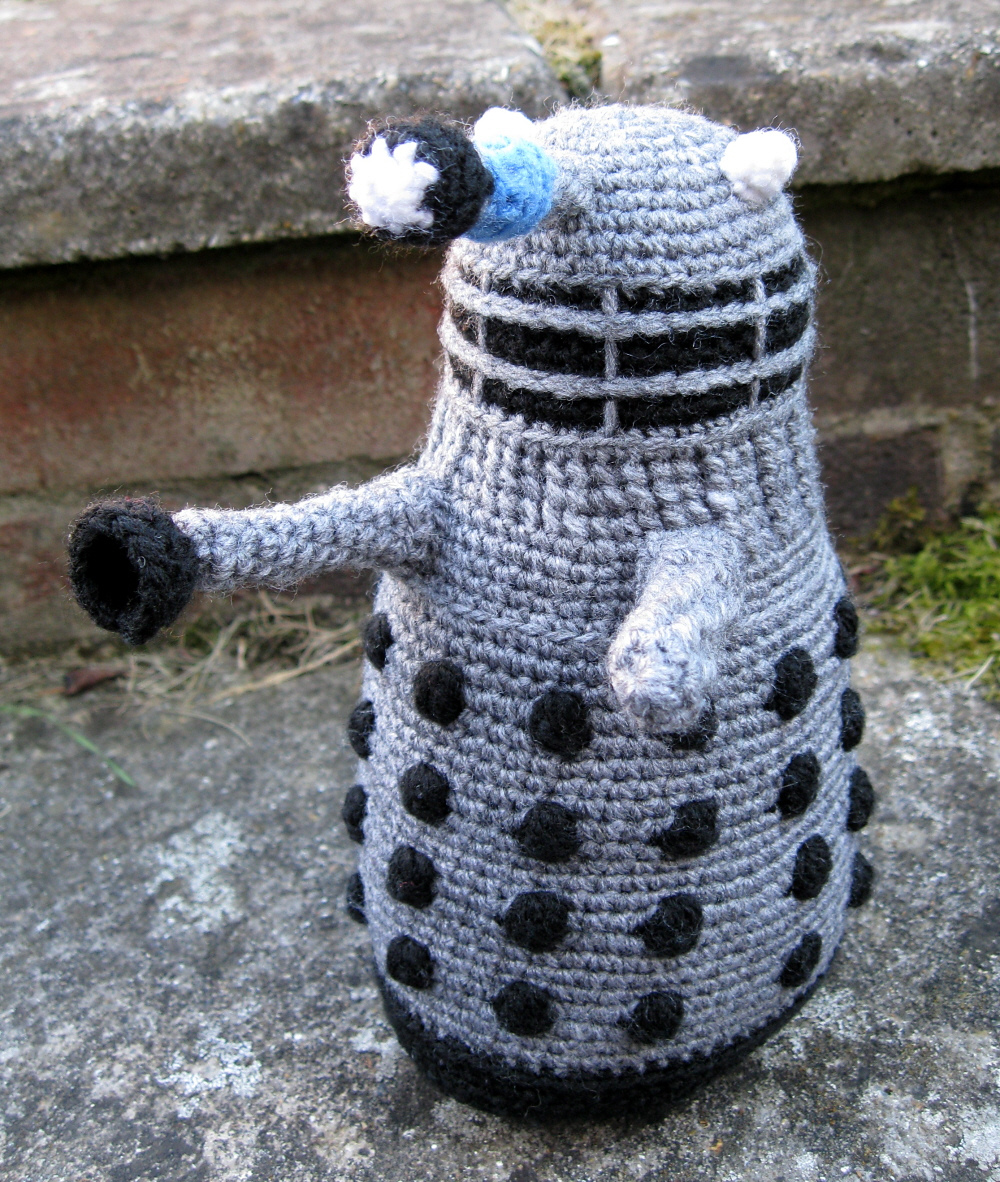 My Whovians, Who Wants To Crochet a Classic 1970s Dalek Amigurumi? The Pattern Is Free!