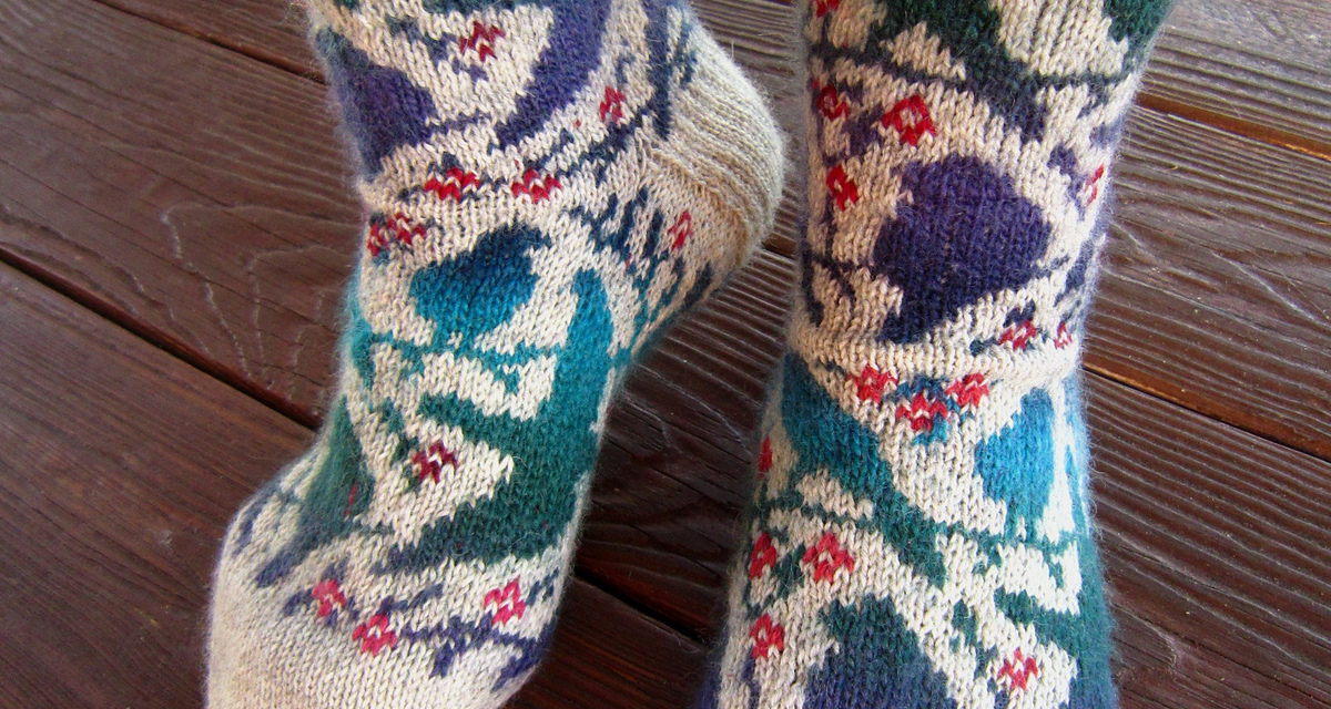 Knit a Pair of Awesome Socks, They Have Birds On Them and the Pattern is FREE!