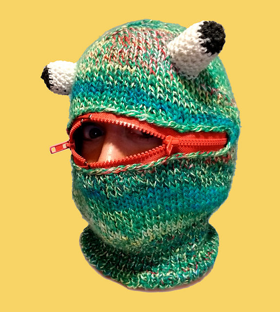 This Genius Frog Balaclava Uses a Zipper, Get The Pattern To Knit It!