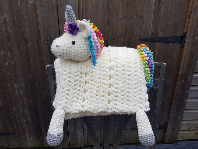 Crochet a 3-in-1 Rainbow Unicorn Baby Blanket ... So Cute and the Pattern is FREE!
