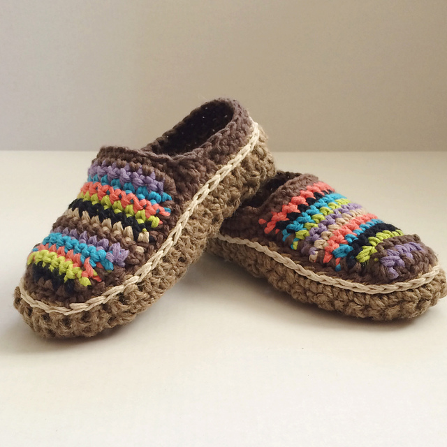 Crochet a Pair of Striped Moccasin Slippers, This Pattern Variation Rocks!