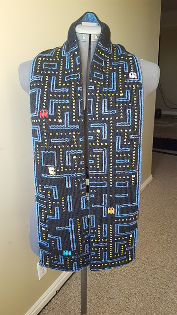 Knit Your Way Back To The 80s With The Best Pac-Man Scarf Ever - It's Double-Knit & Retro-Fabulous!