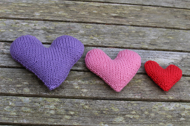 Free Knitted Hearts Pattern – Easy DIY Decorations