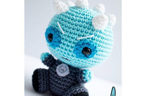 Crochet a Night King Amigurumi, You've Never Seen a White Walker Looking So Cute!