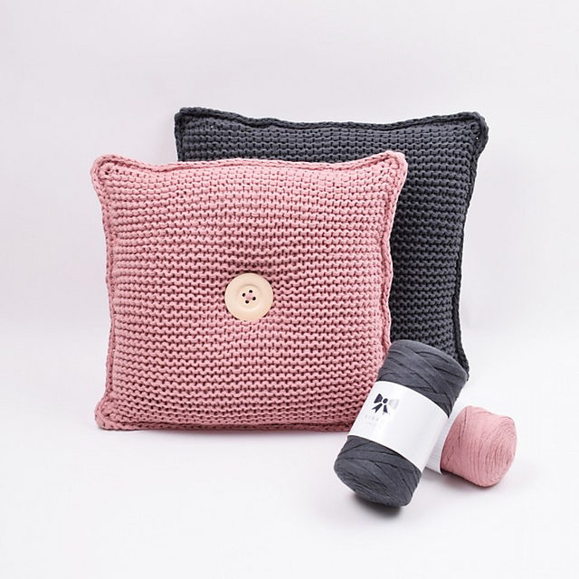 Knit a Simple Garter Stitch Cushion Designed By Hobbii Design
