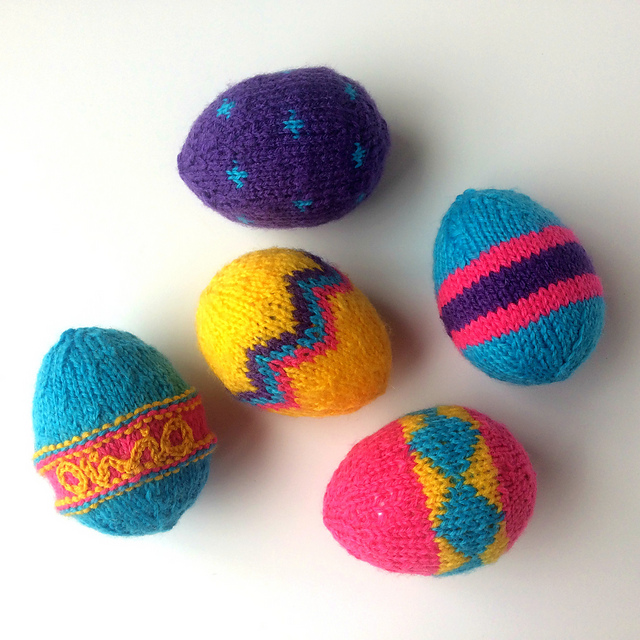 Free Pattern Alert! Cute & Colorful Easter Eggs That Knit Up Quick!