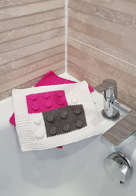 Crochet a Lego-Inspired Building Blocks Cloth With This Pattern From Becca Hulme