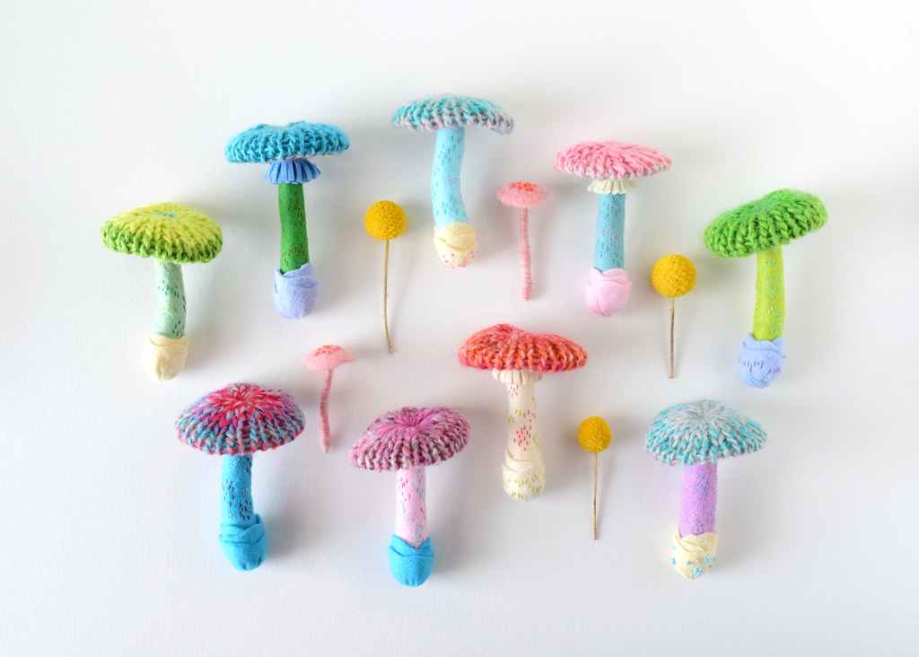 Hiné Mizushima's Awesome Knitted Mushroom Brooches