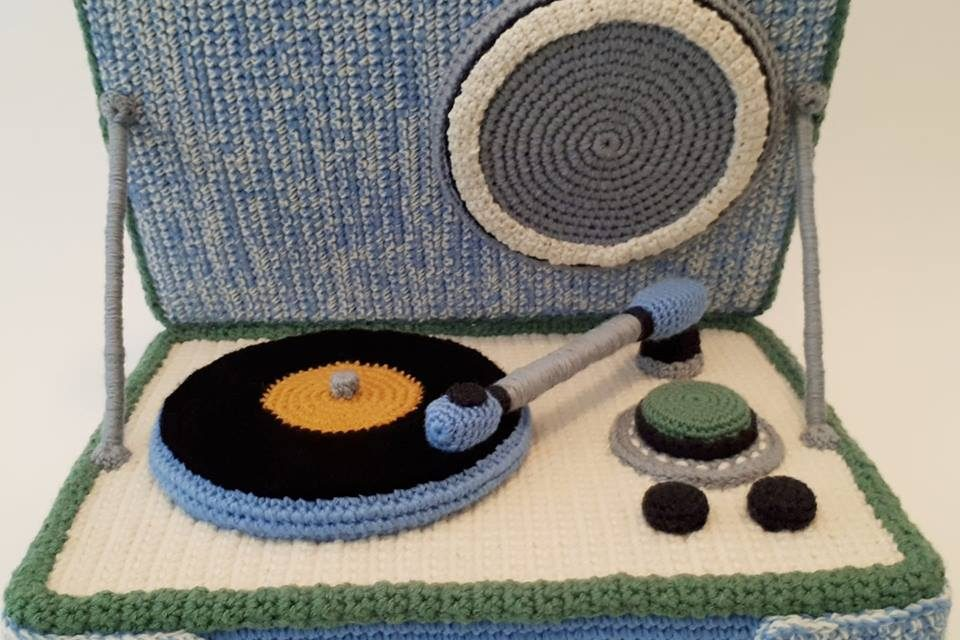 Trevor Smith Crochet Wows Again With This Amazing Record Player!