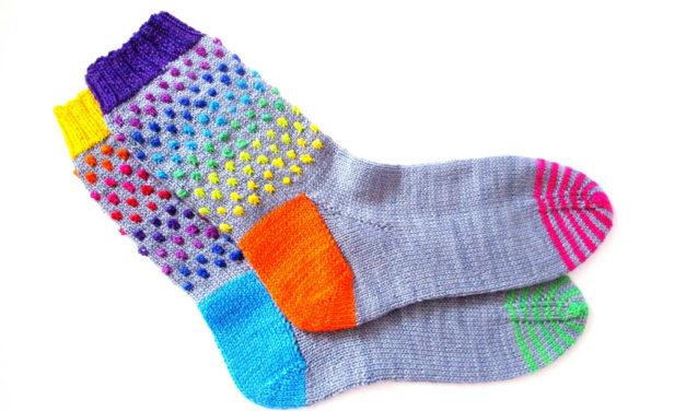 Ziggy Knots … Dotty Knots … It's Time To Knit Socks!