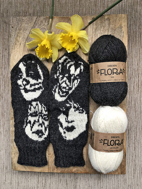 Knit a Pair of KISS Mittens, Designed By Lotta Lundin