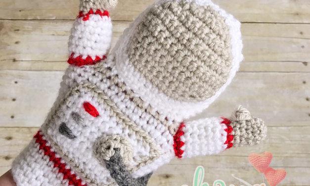 Crochet an Awesome Astronaut Hand Puppet!