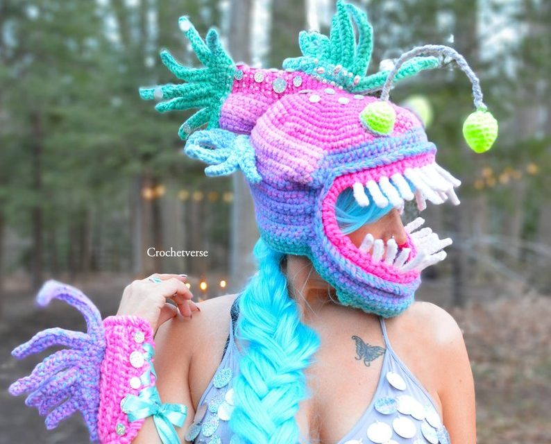 Hello Crazy Cool Cosplay … Incredible Angler Fish Mask & Wrist Gauntlets By Crochetverse