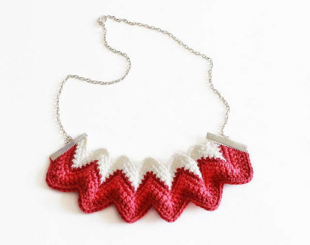 Crochet a ZigZag Necklace, Stylish and Works Up Quick!