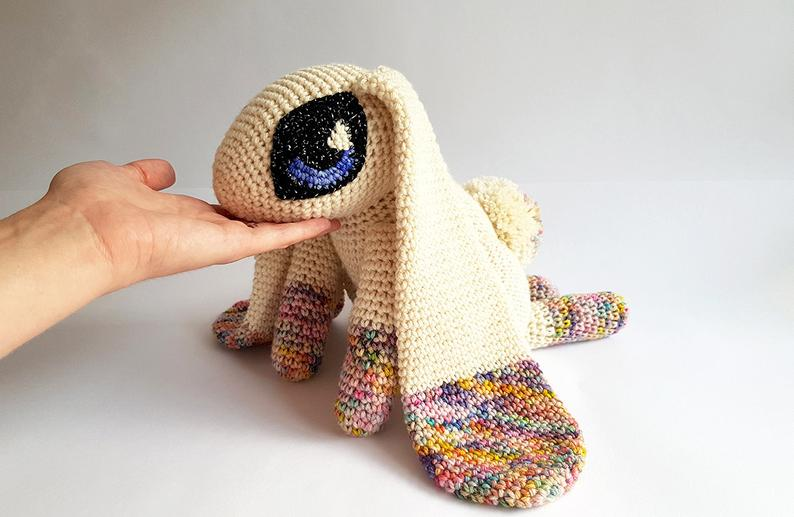 Get the amigurumi pattern from Jessie of Projectarian #crochet #amigurumi