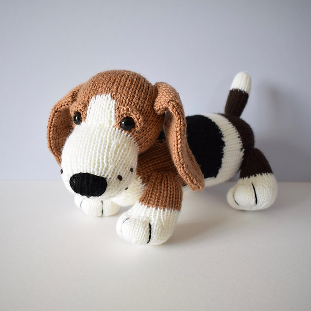 Free Pattern Alert! Knit a Cute Herbie the Bassett Hound Designed By Amanda Barry