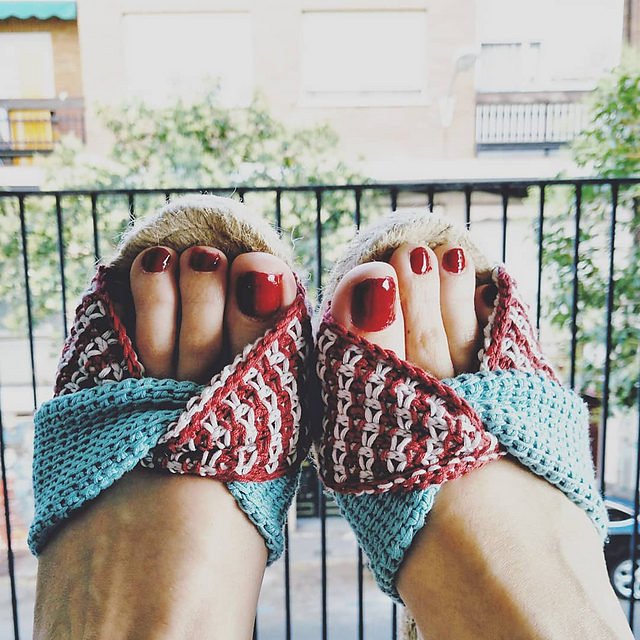 Adventures In Tunisian Crochet: Check Out These Comfy Espadrilles – Great Idea!