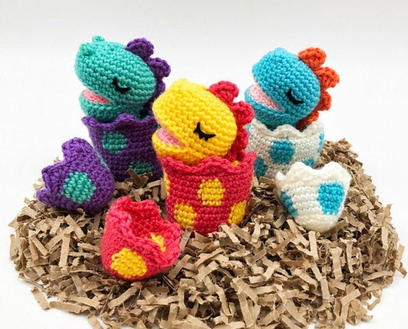 Adorable Amigurumi Alert: Crochet a Pack of Baby Dinosaur WITH Hatching Eggs