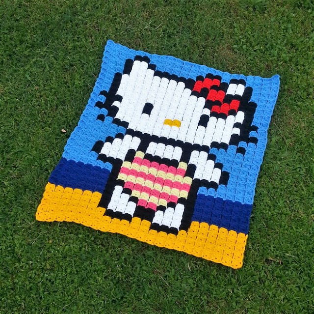 Crochet a Hello Kitty Granny Square Pixel Graphgan!