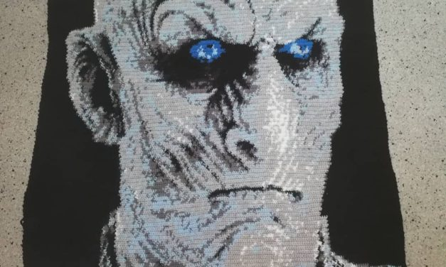 Game Of Thrones Fans, This One's For You! It Took 50,960 Stitches To Crochet This Night King  Afghan …