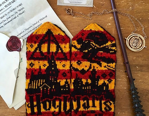 Knit a Pair of Hogwarts-Inspired, Harry Potter Mittens, Wizardry Designed By Lotta Lundin