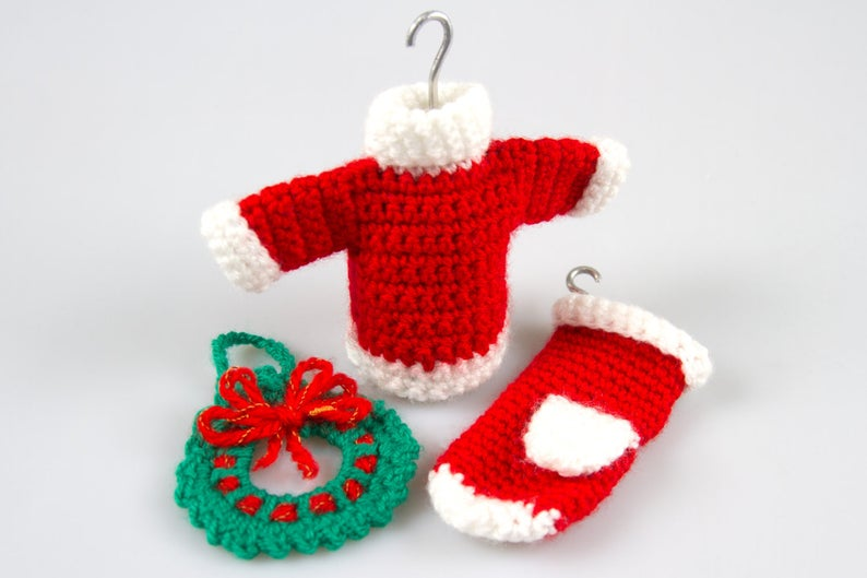 Get the Christmas pattern designed by Tetiana of Pointelle Shop