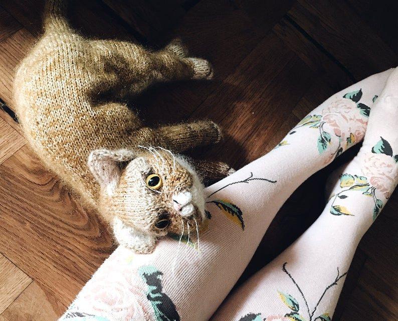 Crochet cat amigurumi pattern | Amiguroom Toys | 640x794