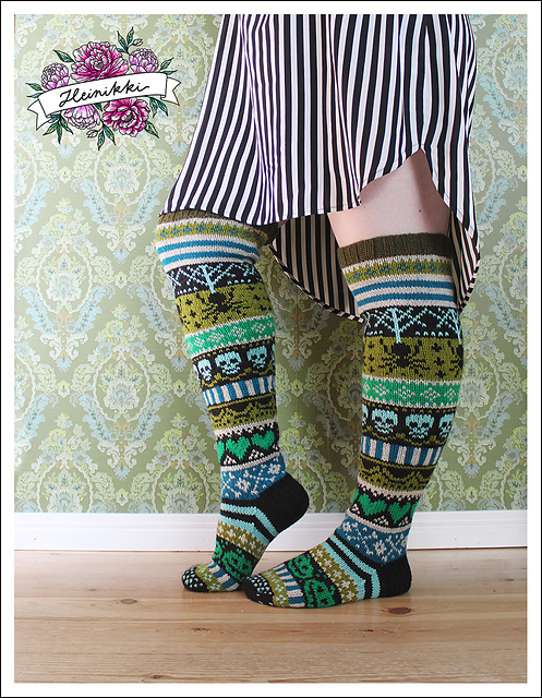 Knit a Pair of the Best Halloween Knee Socks Ever!