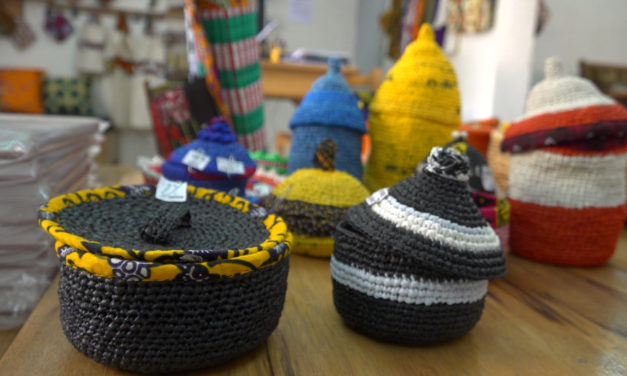 Crocheting With Plarn: Meet a Senegalese Artist Who Mixes Recycling with Art