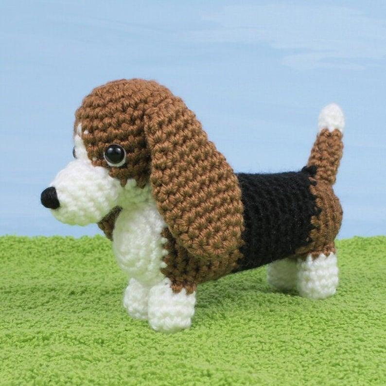 Get the crochet basset hound pattern #crochet #dog