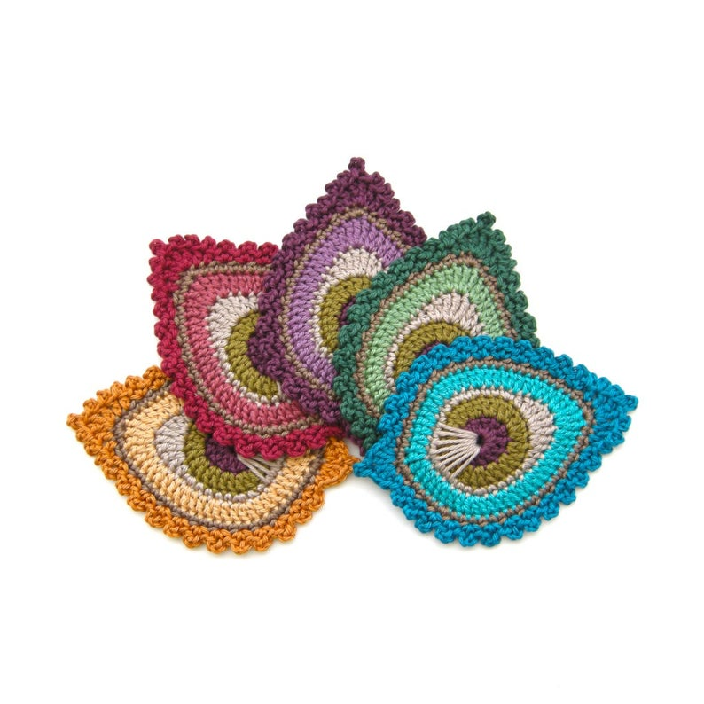 Get the #crochet pattern designed by Christa of The Curio Crafts Room