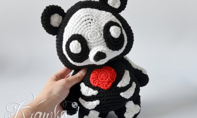 Crochet a Skeleton Teddy Bear Amigurumi!