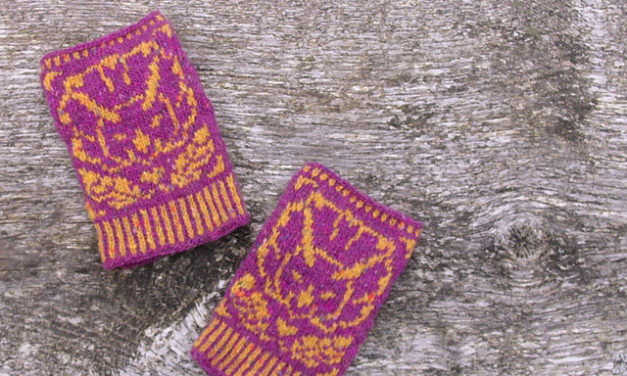 Knit a Pair of Triceratops Half-Mittens … Great Handmade Gift For Dinosaur Lovers!