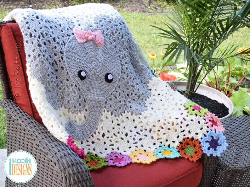 Get the crochet pattern from Ira Rott #crochet #baby #giftideas