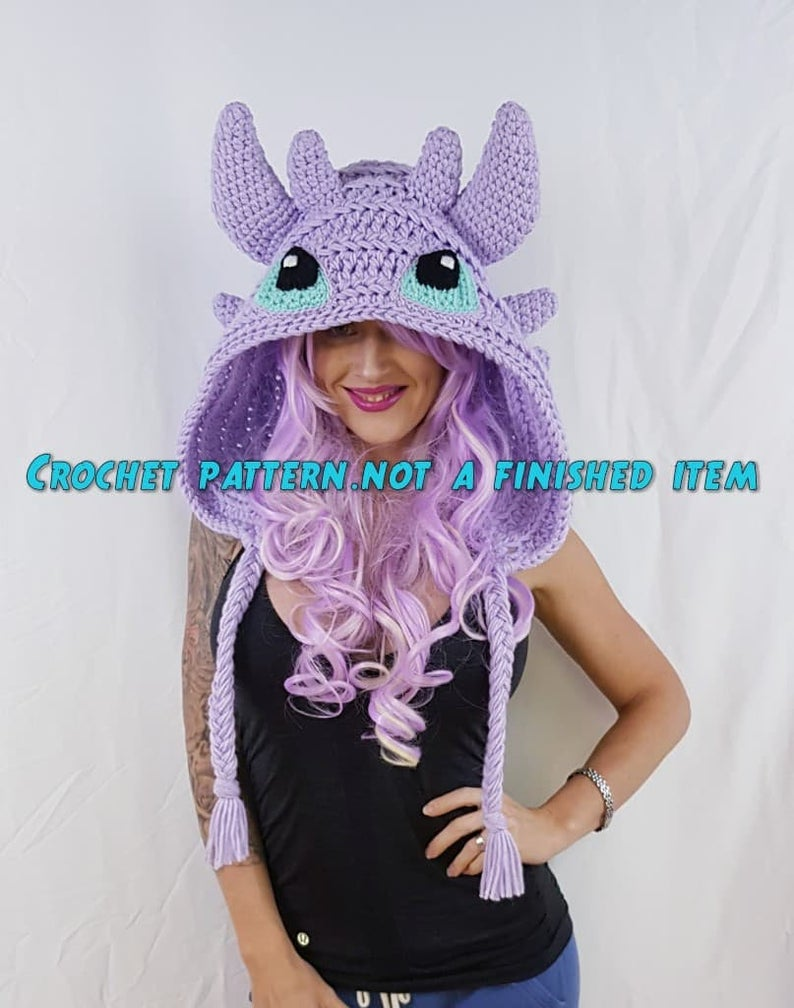 Get the pattern by by Natalie Allen, aka The Twisted Hatter #crochet #cosplay