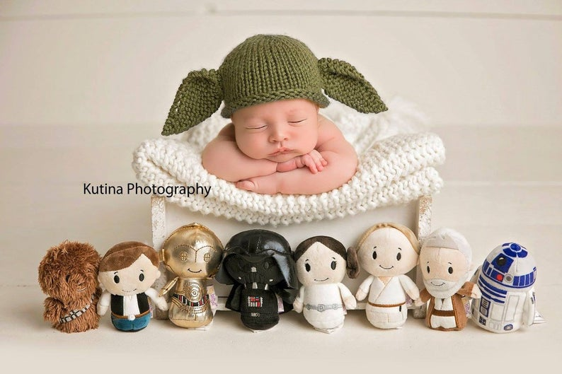 The Best Baby Yoda Patterns For Makers Who Knit! Hats, Stockings, Amigurumi and More ...