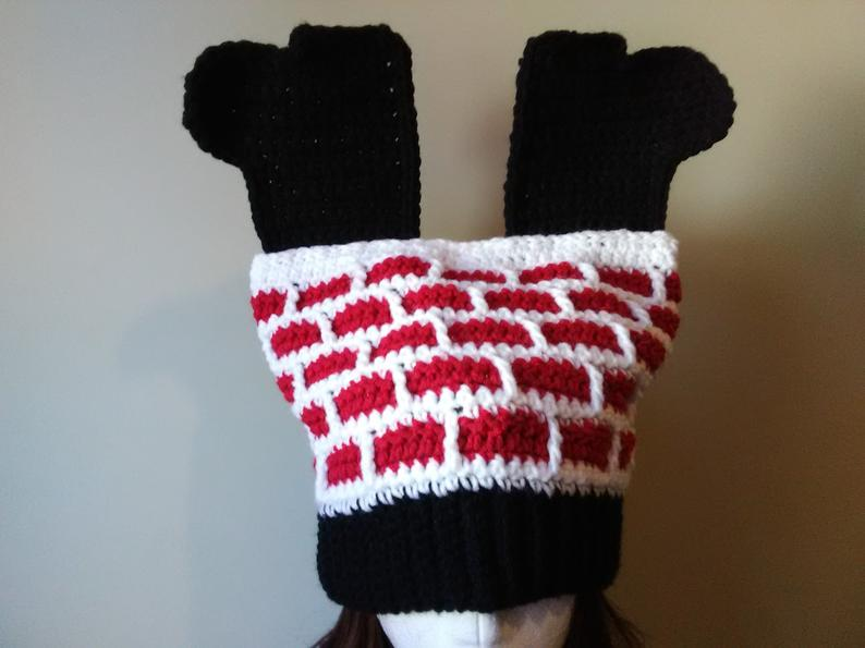 Crochet a Clever 'Santa Down the Chimney' Hat