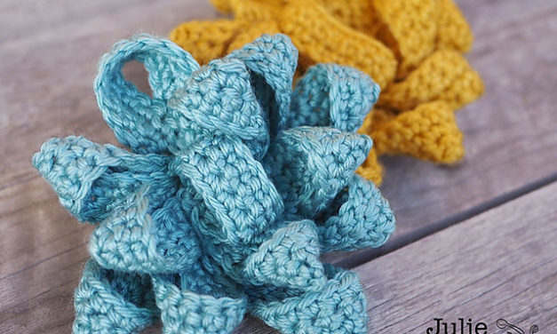 Crochet a Gift Bow Designed By Julie Grimmett, The Pattern Is FREE!