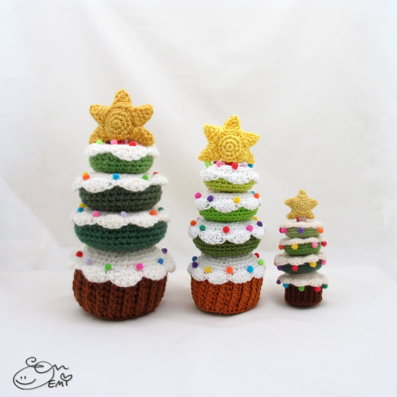 Get the crochet pattern designed by Emi Kanesada #crochet #amigurumi