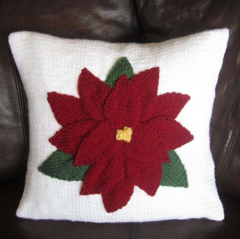 Knit a Christmas Cushion For The Holiday Season #knitting #handmade #home #diy