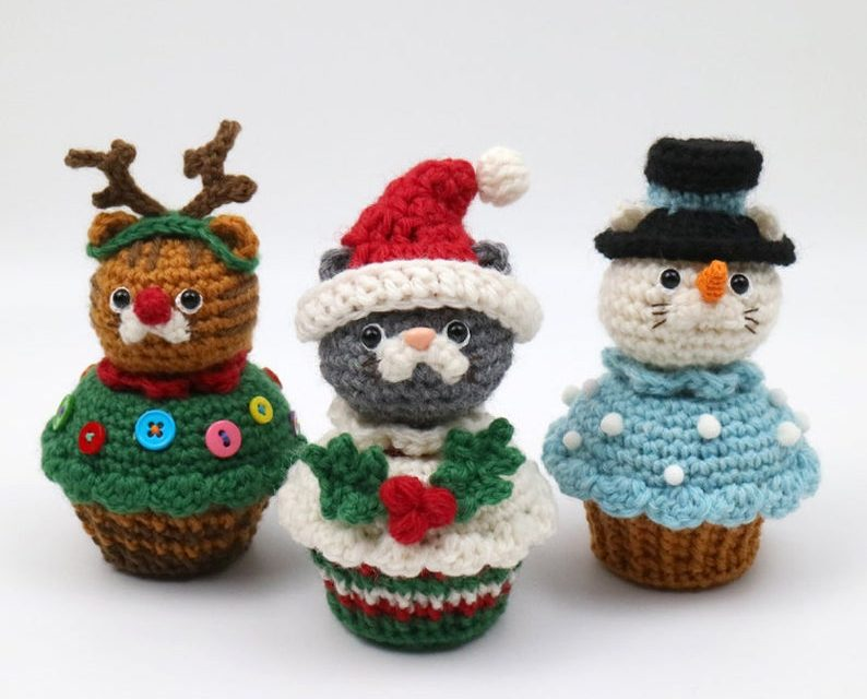 The Kitty-Cat In A Christmas Cupcake Amigurumi You Never Knew You NEEDED!